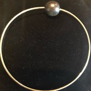 black pearl Jewelry - Tahitian pearl on gold gold plated bangle